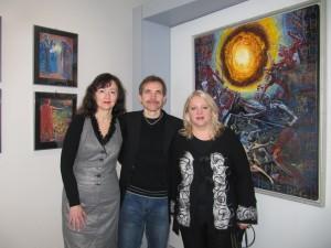 Júlia a Igor Piačkovci spolu s Annou Ondrušekovou, riaditeľkou TG.